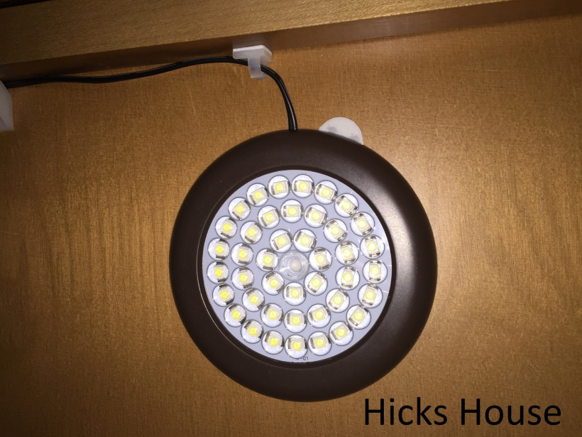 Hicks House | Under Cabinet Lighting